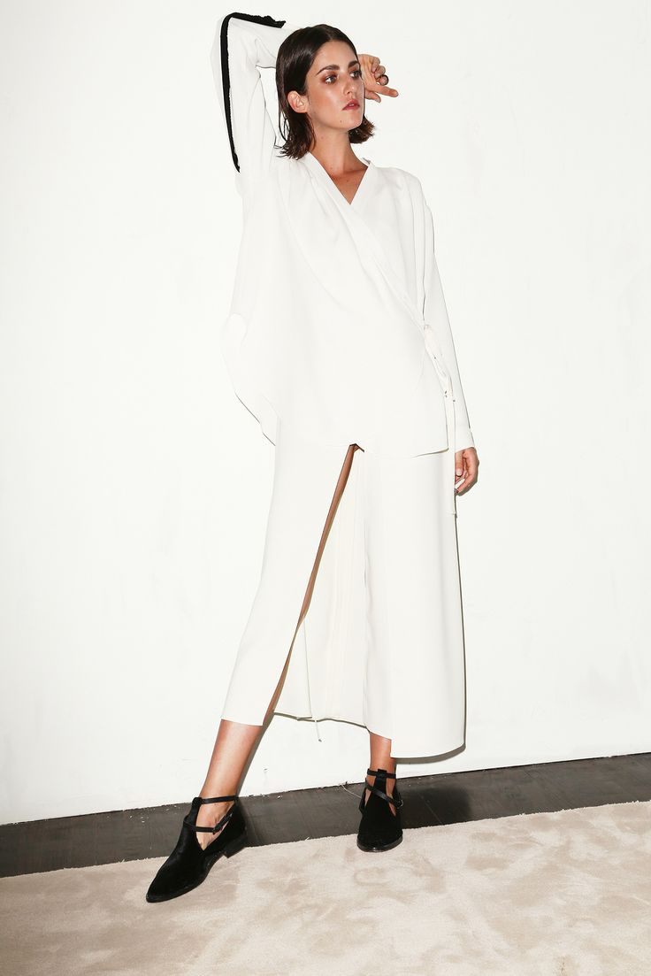 Flowy white look from Chadwick Bell S/S 2015 #style #fashion