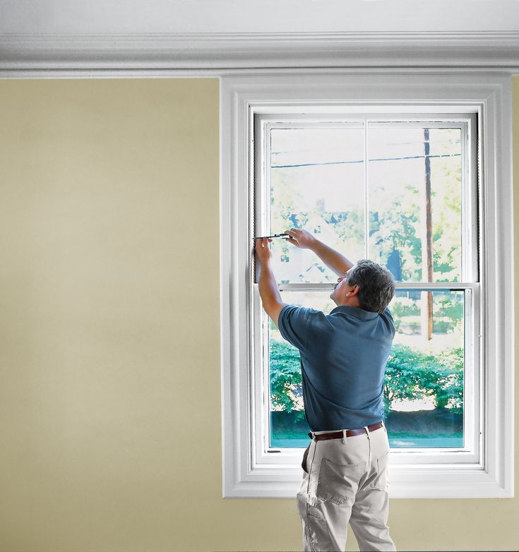 How to preserve old sash windows with putty, epoxy, and patience | This Old House