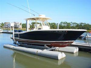 Boat Lifts Gallery | Sunstream Boat Lifts | DOCKPRO Advanced Dry Docks