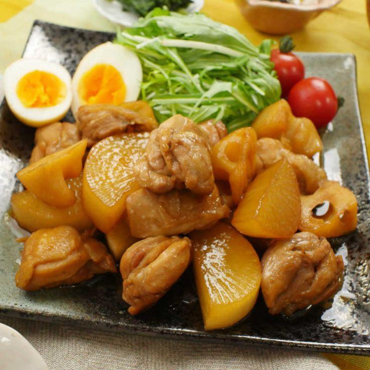 鶏肉と大根が冷蔵庫にあるなら「鶏大根のさっぱり煮」を作ってみては?お酢が効いたほどよい酸味がやみつきに…!ご飯もどんどん進みます!お酢の力で鶏肉もやわらかく仕上がりますよ♩