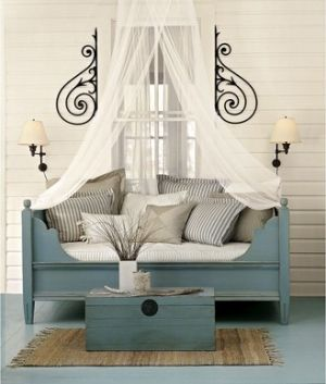 Day bed. by sofia