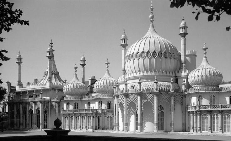 John Nash - Pavilhão Real de Brighton, 1818. Estrutura em gusa.