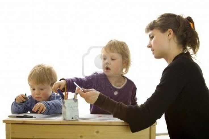 Google Afbeeldingen resultaat voor http://us.123rf.com/400wm/400/400/foto4u/foto4u1005/foto4u100500035/6950005-moeder-en-dochter-en-zoon-tekening.jpg