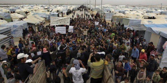 Apple y Google atentos a la crisis de refugiados de Siria - http://www.esmandau.com/176464/apple-y-google-atentos-a-la-crisis-de-refugiados-de-siria/