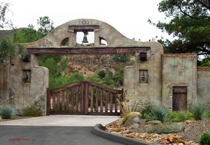 111 best images about ranch gates on pinterest entry for Casa tipo ranch