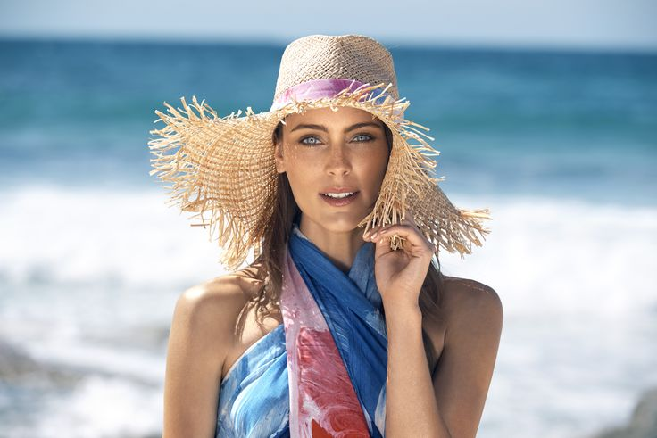 Nerida Winter Beach Hat with Shilo band along with the Shilo Sarong.   Just in time for Christmas, we collaborated on a limited edition collection of beach essentials with renowned Australian artist Shilo Engelbrecht.  Shilo is known for her bold artworks that translate seamlessly onto textiles and she has garnered international acclaim and recognition by the likes of Missoni and Kit Kemp.  Read more on the blog > http://goo.gl/oIDSIL