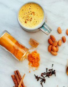 Golden latte : connaissez-vous le lait d'or ? - Elle à Table