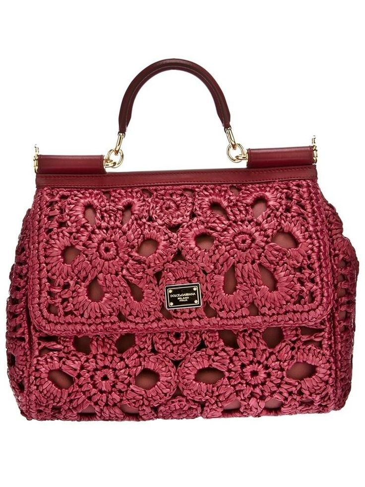 Una bolsita tambien estaria bien. Dolce and Gabbana #Crochet Purse via Beso #aff.