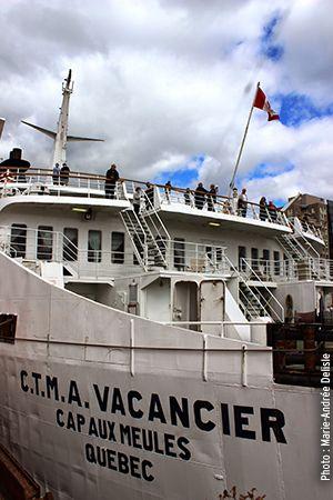 Carte postale nº 1 des Îles-de-la-Madeleine : Tourisme Plus