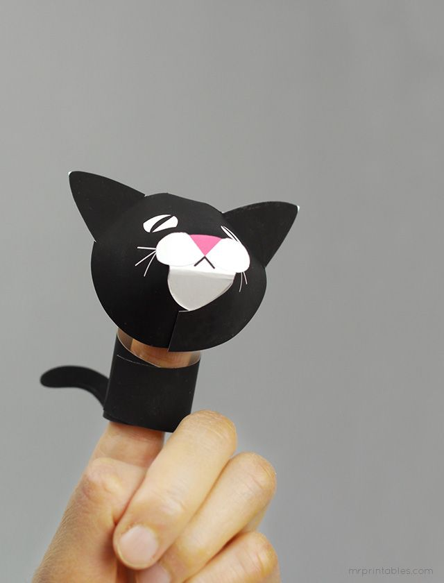 http://mrprintables.com/farm-animal-finger-puppets.html