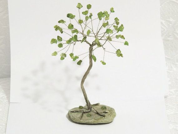 Peridot wire tree, Bonsai Tree, Wire tree of life, Beaded tree, Gem tree, August birthstone, dad valentine, cake topper, wire sculpture,
