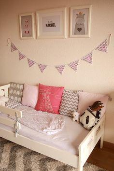 DEUX SOEURS | UN AGENDA Chambre de petite fille de 2 ans / Toddler girl / Chevrons / Little girl bedroom / Nursery