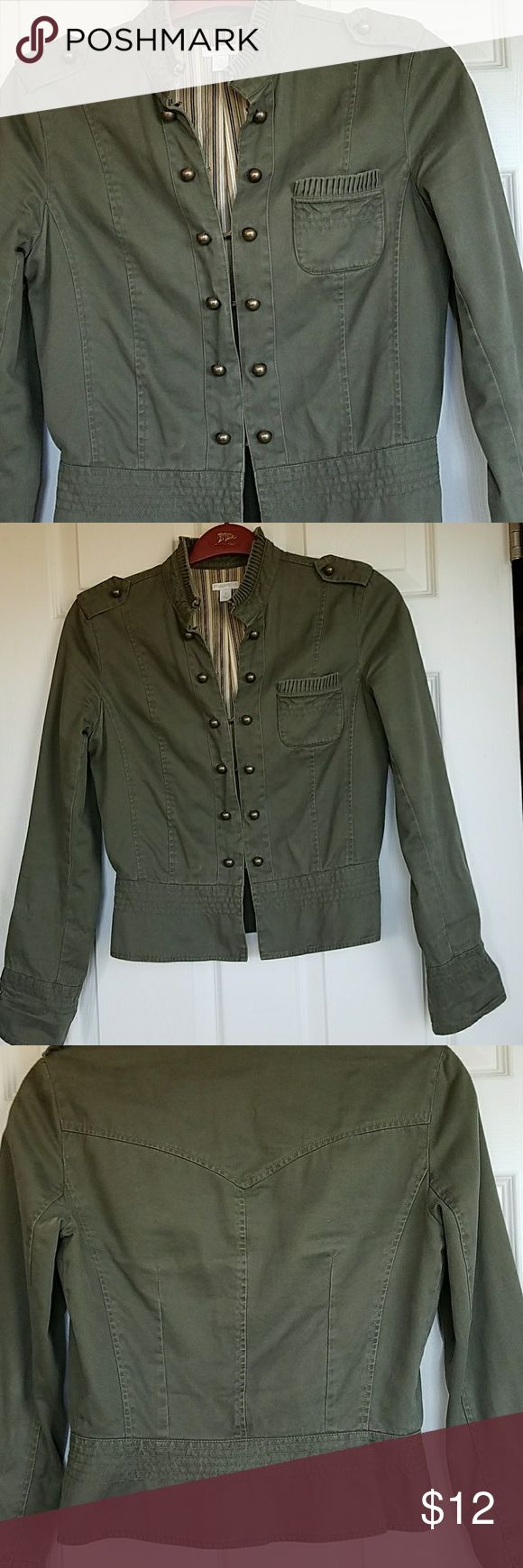 Military style jacket army green Apt 9 brand military style jacket army green.  Very cute. Good condition size small. Apt. 9 Jackets & Coats Utility Jackets