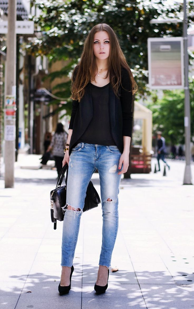 fashion blogger istanbul, russian blogger , casual chic style outfit ,  summer street style, zara denim outfit , mango heels outfit