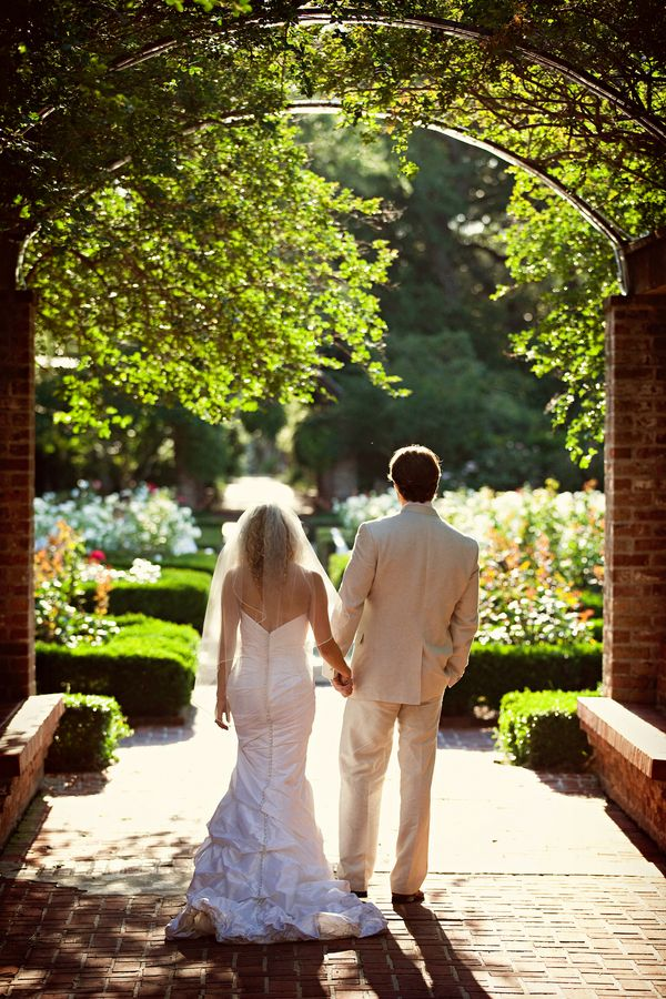 Lily Matt 39 S Botanical Gardens Wedding In New Orleans Gardens Beautiful And Parks