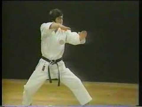 Heian Yondan. Karate Shotokan. Master Hirozaku Kanazawa