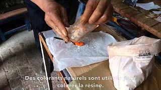 Ithemba Design Ethik - YouTube Résine Mopa Mopa ou Barniz de Pasto, technique artisanale ancestrale de Colombie