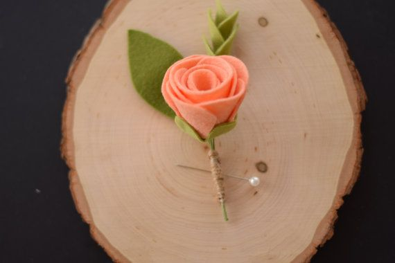 VERKOOP bruiloft corsages vilt Rose Boutineer door SuchASquirrel