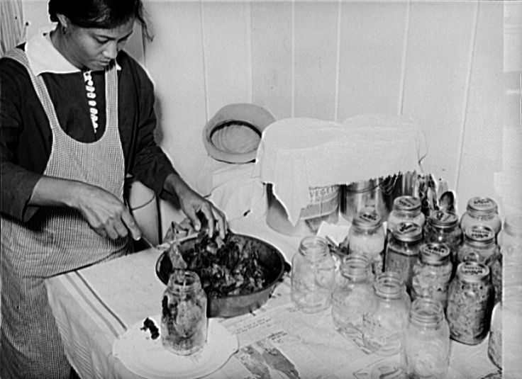 December 1938, Lakeview Project, Arkansas. Farmer's wife canning meat. Russell Lee LC-USF34-031832-D www.loc.gov #American #History #Arkansas