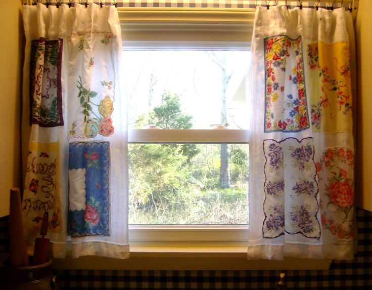 Curtains Made From Tablecloths | Sewing With The Sparrows: Hanky Curtains. Vintage  Kitchen CurtainsVintage CurtainsVintage Style ...
