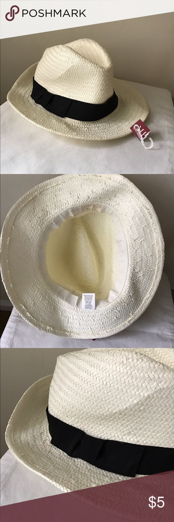Merona fedora beach hat Fedora style beach hat - paper - one size - new with tags! Merona Accessories Hats