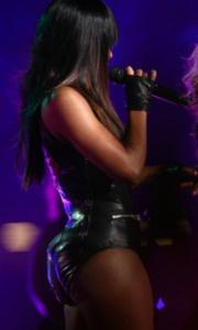 Beyonce at the Super Bowl Kelly Rowland looking thicka than a snicka!
