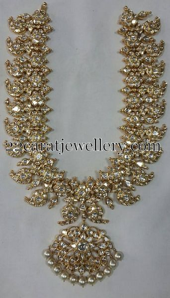 Jewellery Designs: Sparkling Diamond Mango Necklace