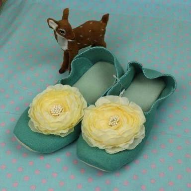 「エメラルドグリーン 靴」の画像検索結果