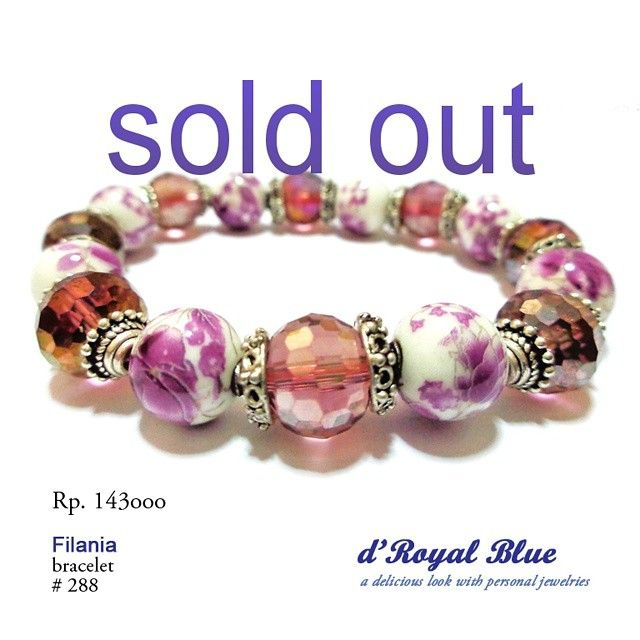 #soldout yeah! #picoftheday #photooftheday #bracelet #gelang