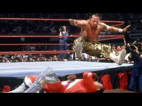 10 Crazy WWE Raw Moments