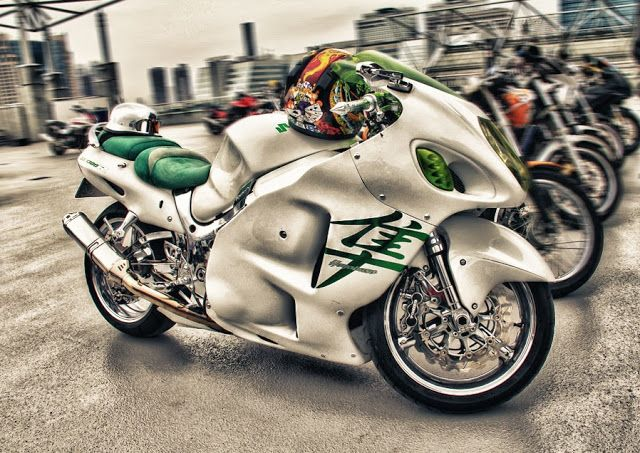 Motorcycle Pictures Of The Day (SUZUKI HAYABUSA CUSTOM)