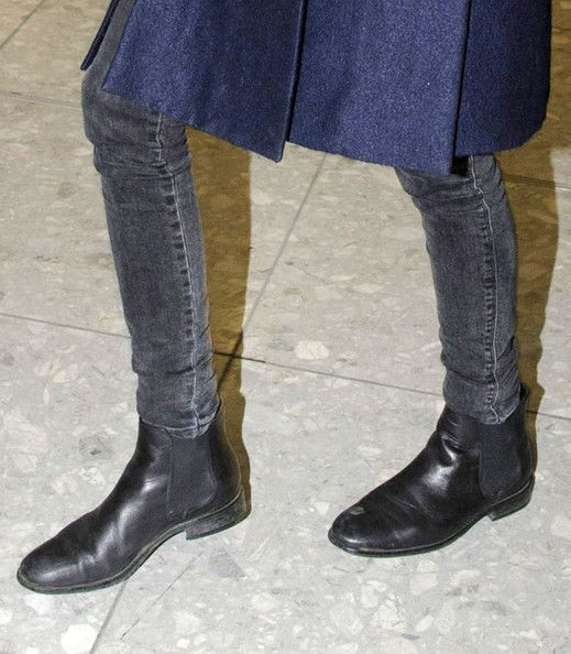 flat ankle boot and skinny jeans with blue coat worn by