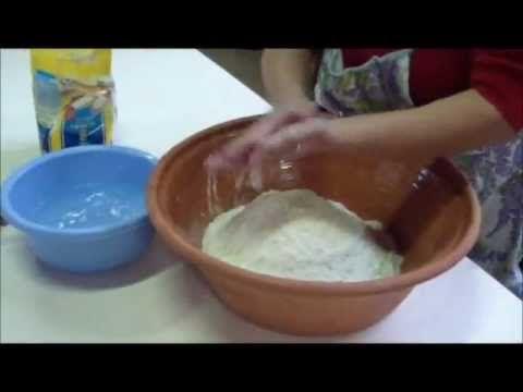 La panificazione sarda - YouTube