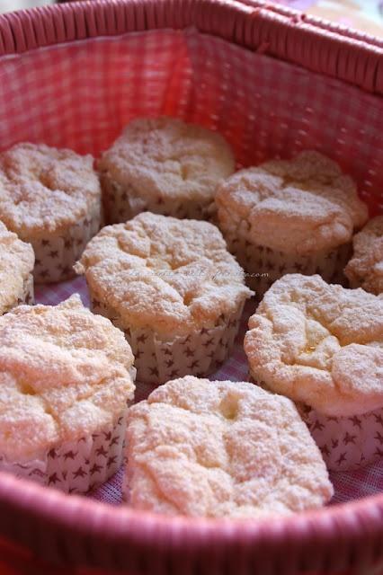 La ricetta della felicità: Angel Cake di Montersino.... a pretty little cake!