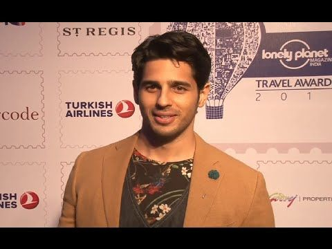 Sidharth Malhotra at 5th Lonely Planet Magazine India Travel Awards 2016.