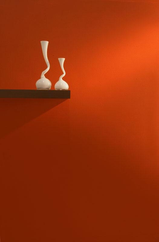 Los rojos brillantes crean efectos espectaculares en los interiores.