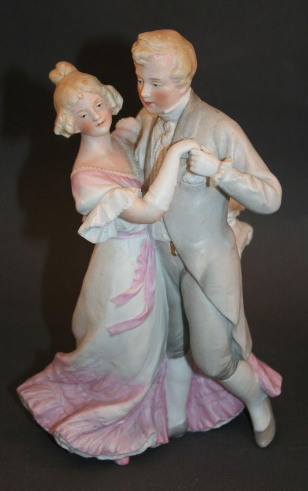feine antike Gebr. Heubach Lichte Bisquit Porzellanfigur galantes Tanzpaar 24cm