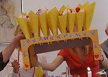 Lejlighedssange er en særlig dansk fest- og sangdigtnings-tradition, hvor en sang skrives til en bestemt begivenhed for en bestemt person eller gruppe af personens familie eller venner eller af en til lejligheden ansat lejlighedsdigter, der ud fra stikord om personens eller gruppens liv og levned sætter et par vers eller ti sammen så den passer til melodien i en sang, som det formodes at (flertallet i) selskabet ved den givne lejlighed allerede kender. Lejlighedssange i sangskjuler.