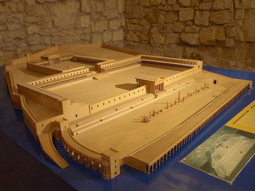 Maqueta de Tarraco - Museo de Historia de Tarragona by DivesGallaecia, via Flickr