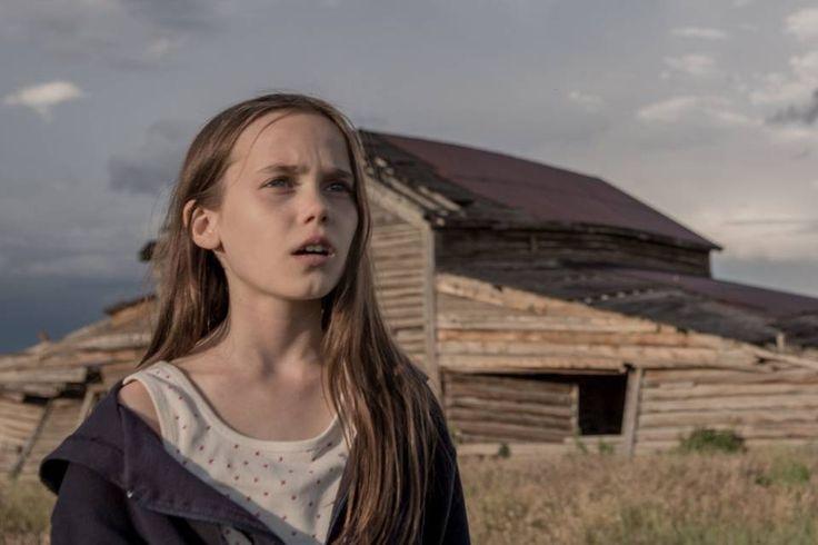 Oona Laurence Orphan Girl