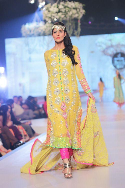 Pakistani Mehndi Dresses 2016 | Style.Pk