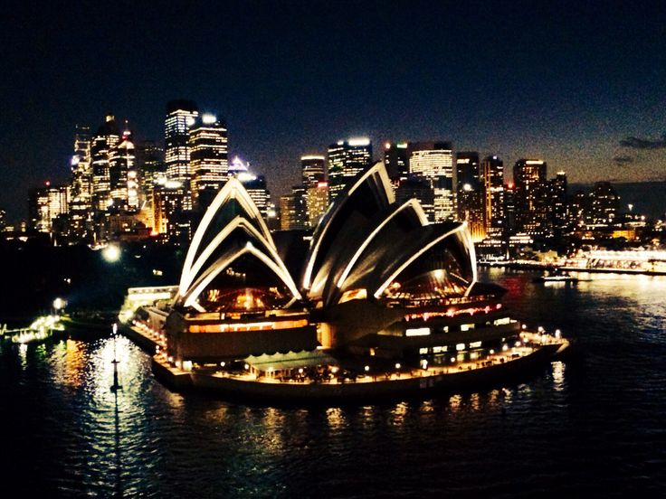 Sydney Opera House at night @TeamWhites photo.