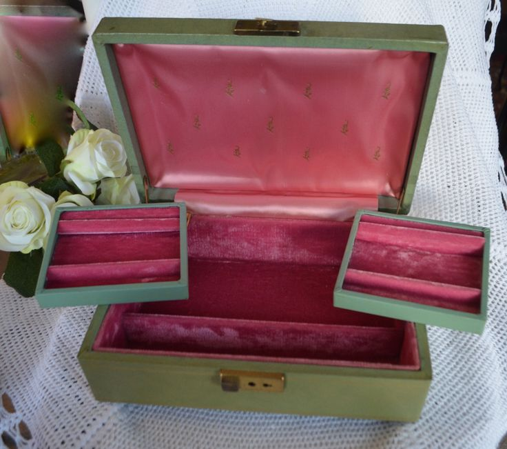 VINTAGE GREEN JEWELRY Box Mid Century Green and Gold Hinged Compartment Jewel Box With Pink Velvet and Satin Lining by StudioVintage on Etsy