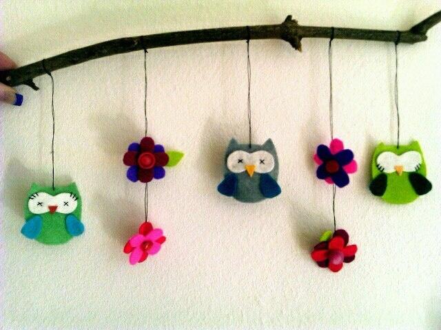 Mobiel hanger vilt uil/bloem