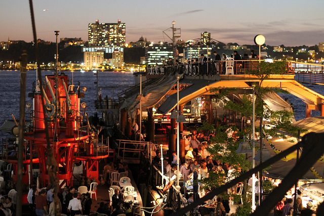 the frying pan pier 66 nyc restaurants bars. Black Bedroom Furniture Sets. Home Design Ideas