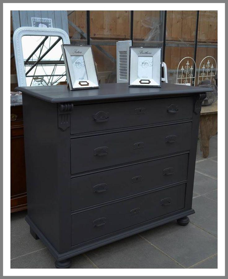 Abbondanza warm black 030 soft silk verf via 39 oud nieuwe stijl 39 in groessen abbondanza - Verf credenza ...