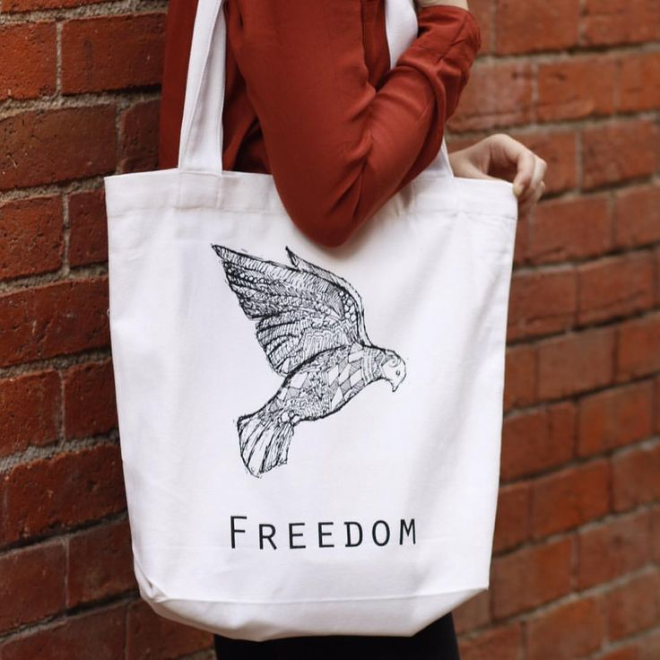 Freedom: our gorgeous limited edition bags designed by the amazing @penandpaperartistic will be on sale at Without Walls tomorrow night!  For only $20 you can help a Ugandan mother rise out of poverty, and grab the perfect last minute Mother's Day gift   #projectoutward #freedom #mothersday #ethicalfashion #uganda
