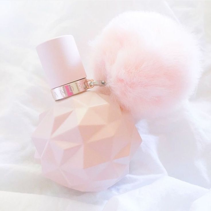 Ariana Grande sweet like candy perfume ,  it smells soooooo nice