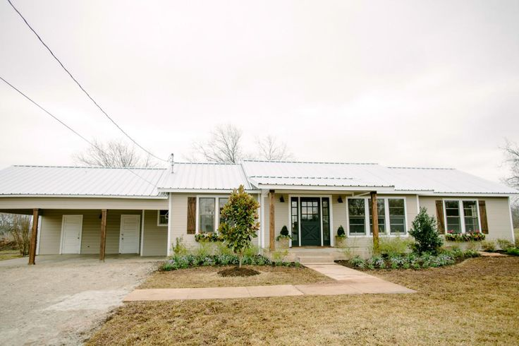Fixer Upper Country Style In A Very Small Town Hgtv