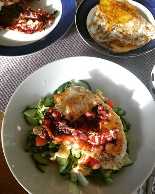 Breakfast in the sunshine  Have a Nice weekend  #keto #ketogenic #ketogenicdiet #ketose #lchftjejer #lchfinspiration #lchf #lchfklubben #lchfmat #lchfdk #lchfnorway #lavkarbo #lavkarbomat #lavkarbonorge #healtyfood #foodpics #instalike #instafood #picoftheday #photooftheday #instalchf #lovefood #loveit #ketofitcook #lchfnorge #ketolife #ketolifestyle #f4fs - Inspirational and Motivational Ketogenic Diet Pins - Eat Keto Get Into Nutritional Ketosis - Discover LCHF to Prevent Diseases - Enjoy…